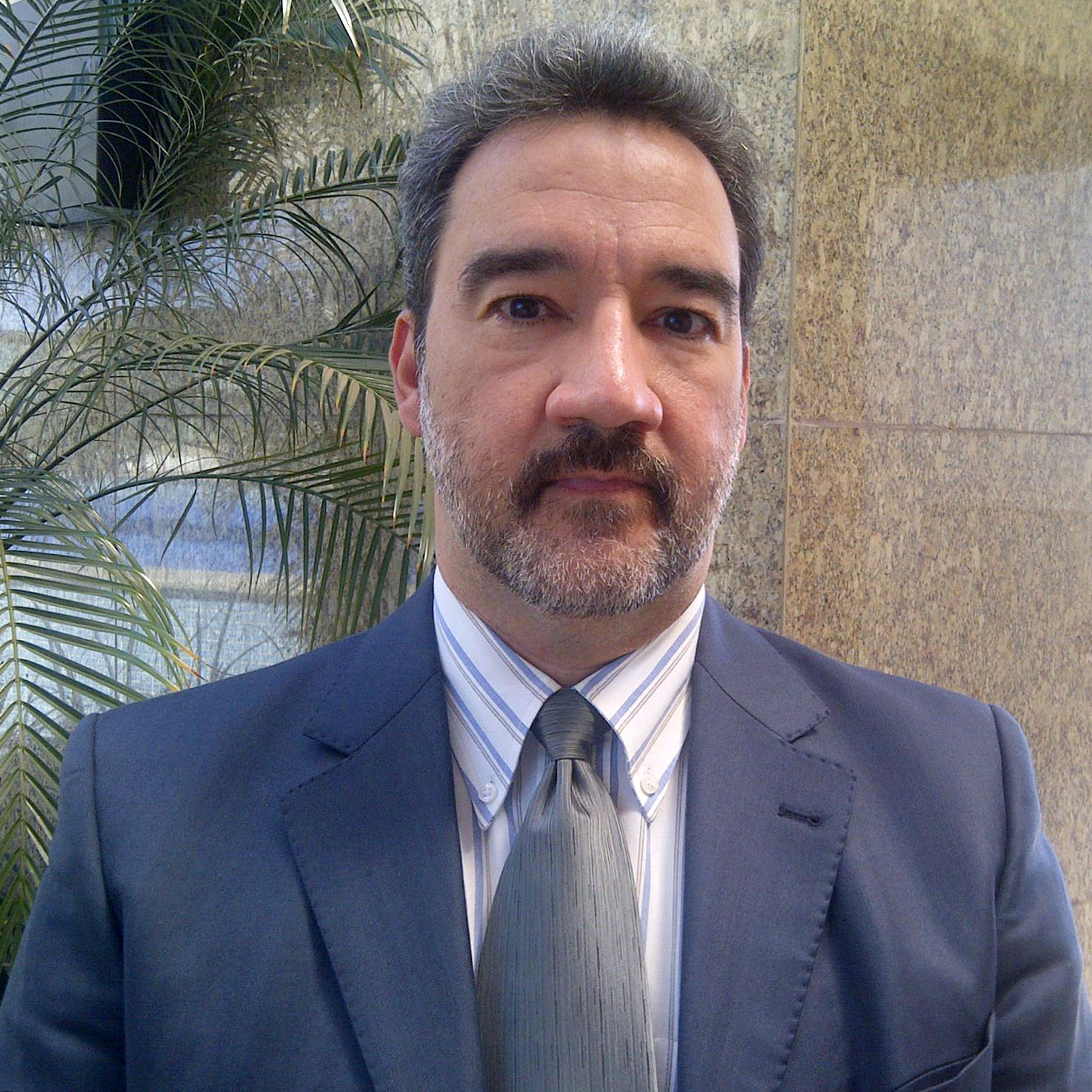 Annibal Affonso - Professor, Palestrante e Consultor Empresarial